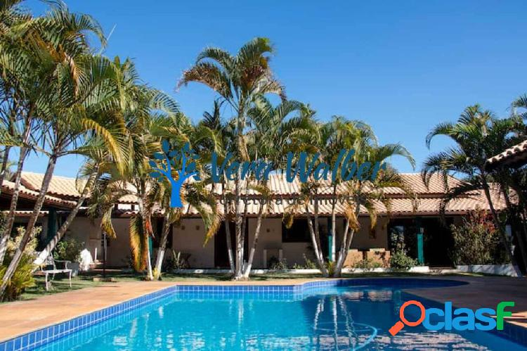 Locação casa ampla com piscina e área verde em condomínio em tatuí/sp