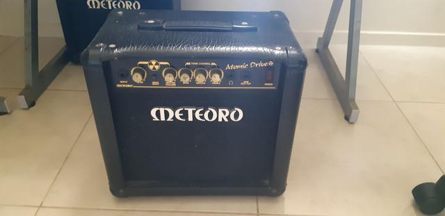 Amplificador guitarra meteoro atomic drive 30w