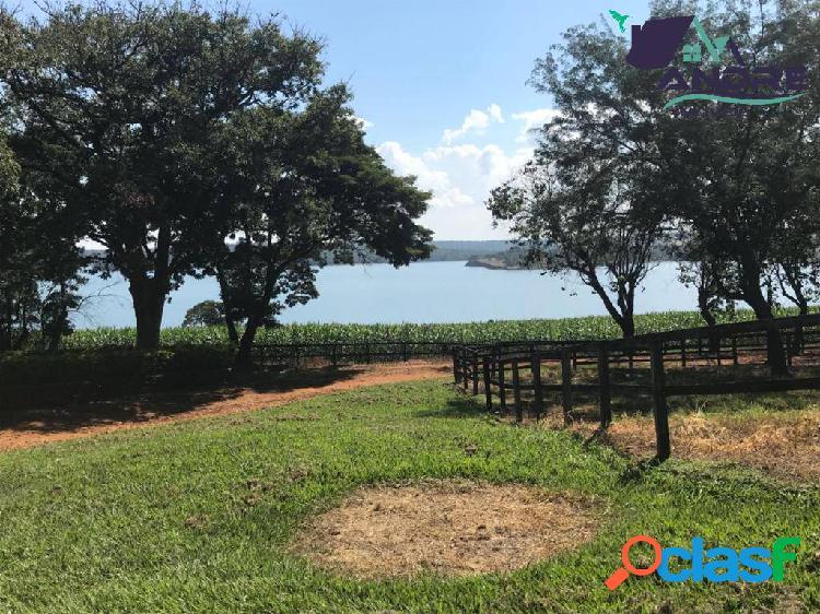 Fazenda, 80 alqueires, na região rural de arandu/sp.