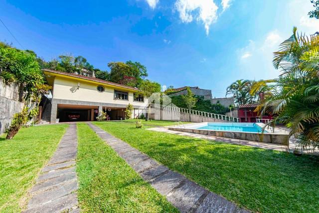 Casa à venda no bairro quitandinha - petrópolis/rj
