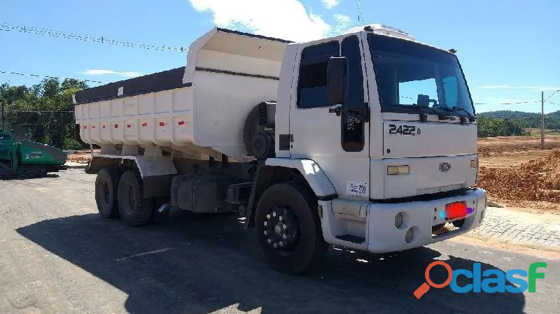 Caminhão caçamba 2422