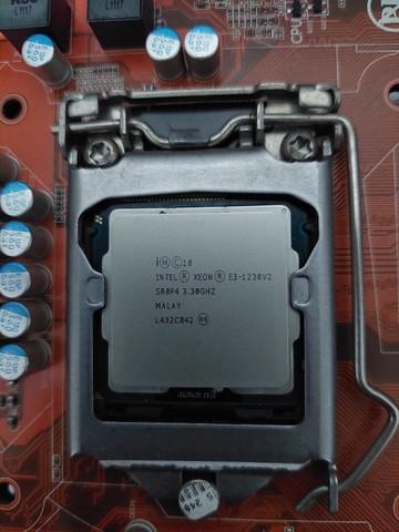 Xeon e3-1230 v2 (equivalente i7-3770) 3.70 ghz