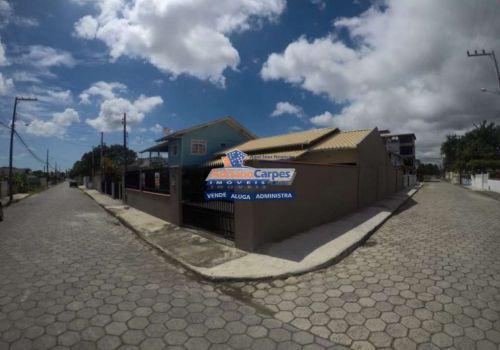 Adriano carpes imóveis vende casa com 3 quartos, e um lindo