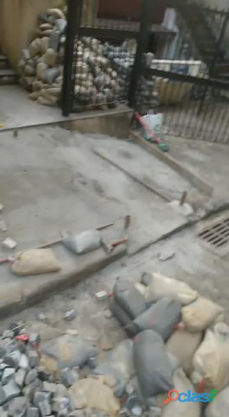 Manutenção de calçadas em pedra portuguesa no rio de janeiro