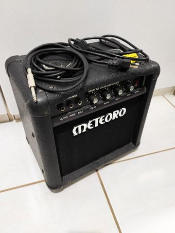 Cubo amplificador meteoro para baixo