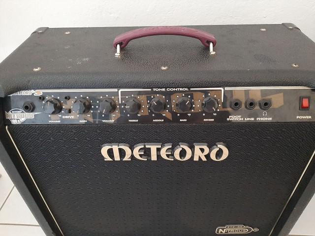 Cubo guitarra meteoro nitrous 150w