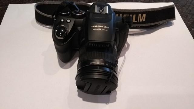 Máquina fotográfica fujifilm hs 28 exr