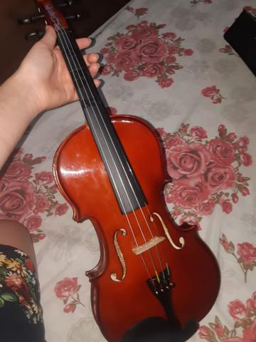Violino harmonics 4/4