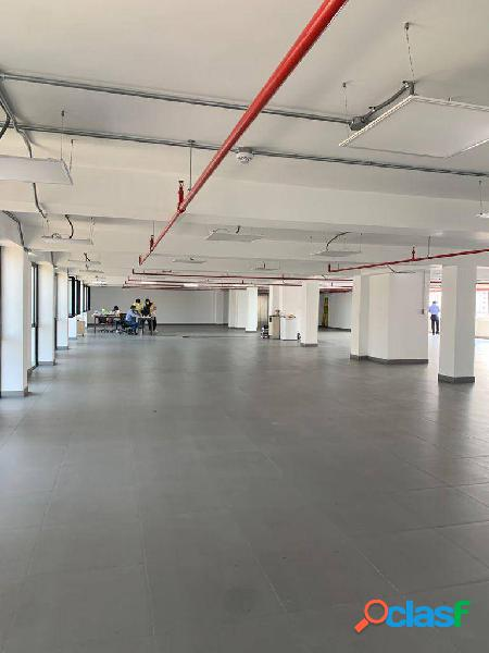 Alquilo oficinas en centro de lima