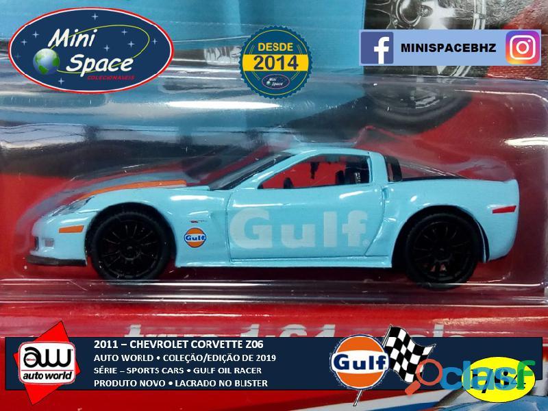 Auto World 2011 Corvette Z06 azul Gulf Oil Racer 1/64 8