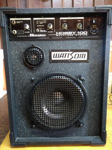 Caixa amplificada multiuso wattson