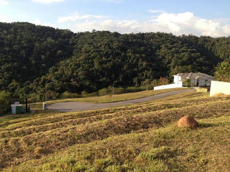 Lote/Terreno para venda possui 490 metros quadrados em