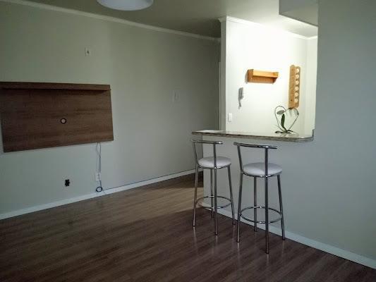 Apto. c/armários de cozinha completos