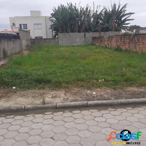 Terreno padrão no bairro areias em tijucas sc