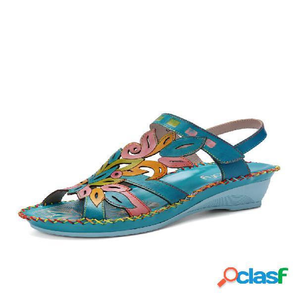 Socofy bohemian flower costura artesanal couro genuíno sandálias de salto baixo ajustável gancho loop wedge sandálias