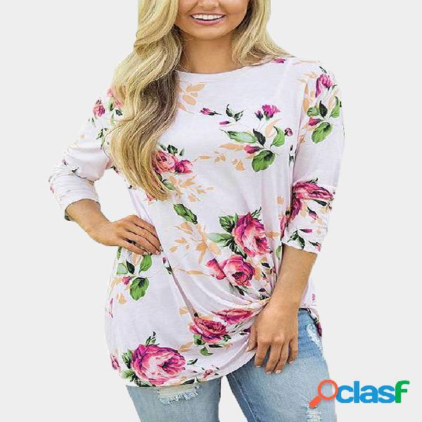 Camisetas de mangas compridas brancas com estampa floral aleatória em volta do pescoço