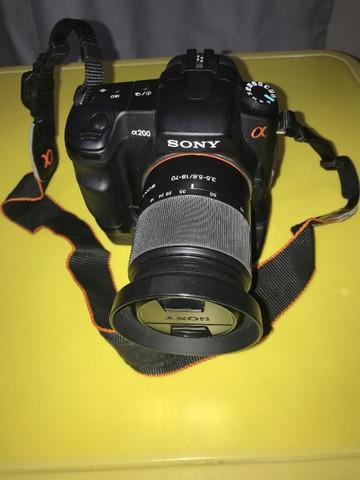 Câmera sony alpha 200