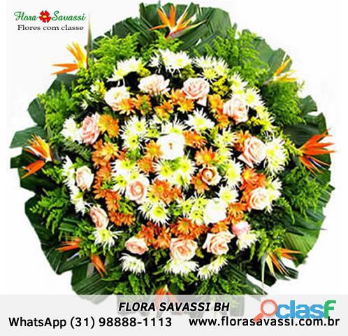 Coroas de flores Velório Cemitério da Paz em João Monlevade MG floricultura coroa de flores