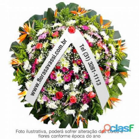 Floricultura coroa de flores Velório Sagrado Coração de Jesus em Conselheiro Lafaiete MG coroas